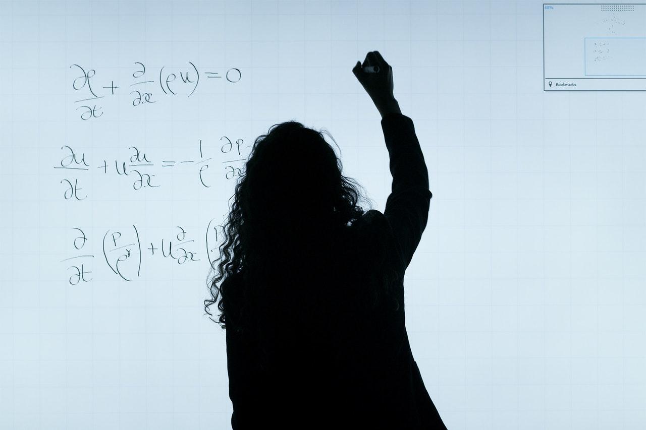 O MBA permite conciliar estudo e trabalho