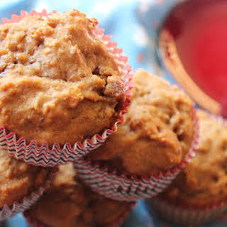 Oatmeal Cookie Muffins with Cappuccino Chips.