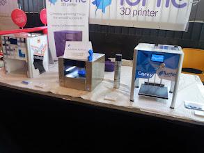 Photo: Un detalle de estas pequeñas impresoras 3D