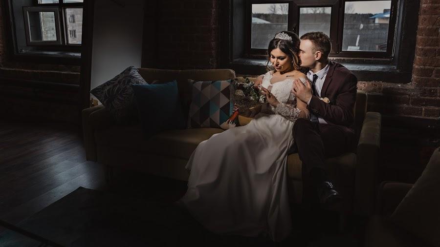 Wedding photographer Evgeniy Menyaylo (photosvadba). Photo of 27.03.2019