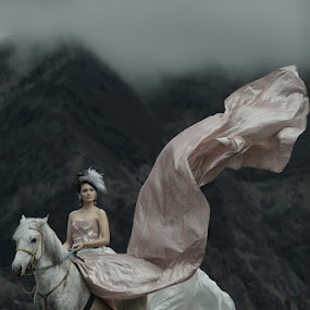 by Endah Dian - People Fashion