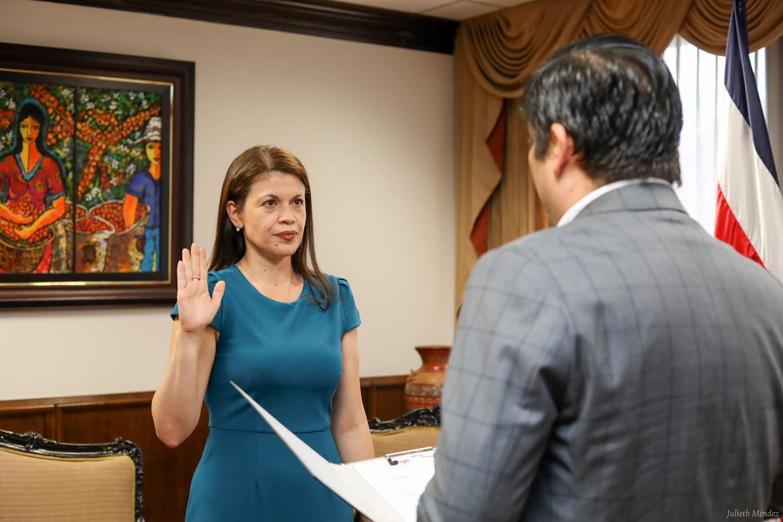 GOBIERNO NOMBRA A FIORELLA SALAZAR COMO NUEVA MINISTRA DE JUSTICIA Y PAZ