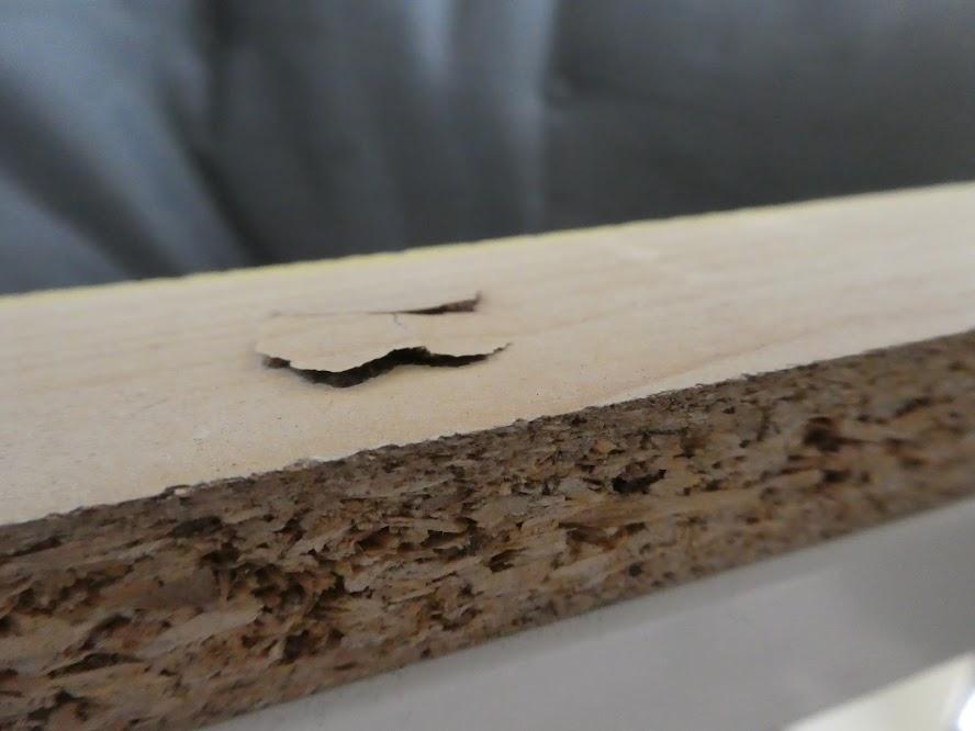 ボルトが木を貫通