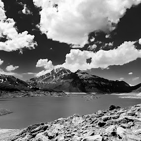 The clouds and lake.. by Simona Savini - Black & White Landscapes ( clouds, blackandwhite, mountains, mountain, black and white, landscape photography, cloudscape, cloud, lake, landscapes, landscape,  )
