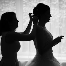 Wedding photographer Péter Kiss (peterartphoto). Photo of 12.08.2016