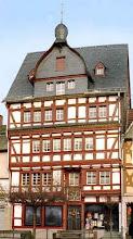 Photo: Haus Stein am Marktplatz Adenau  WikipediaCreative Commons-Lizenz: Goblin girl