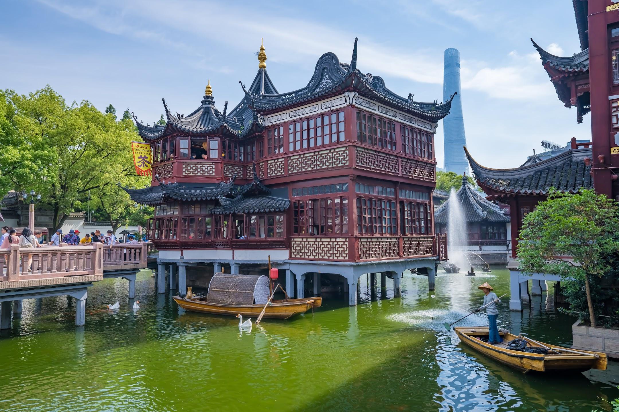 Shanghai Yuyuan Huxin Pavilion (The Mid-Lake Pavilion Teahouse)2