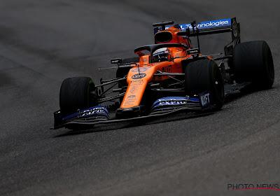 🎥 Herbekijk het fantastische inhaalmanoeuvre van Carlos Sainz in de laatste ronde in Abu Dhabi