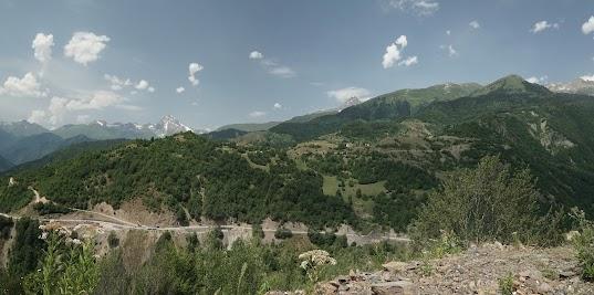 Der Shtavleri ist 3996 m hoch.