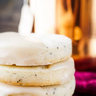 Vanilla Chai Shortbread Cookies.