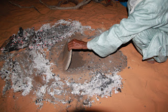 Photo: The making of the traditional sand bread.