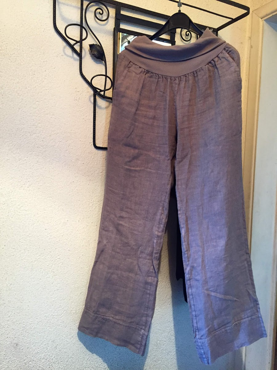 Women's Travel Clothing for Hot Climates // Linen Pant