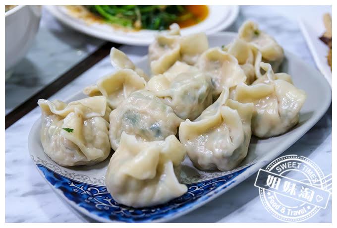 高雄何媽媽麵坊高麗菜水餃
