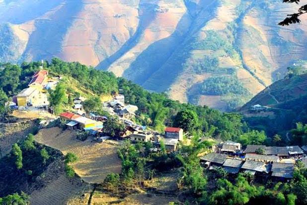 Le marché de l'amour de Khau Vai