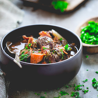 Healthy Slow Cooker Beef Burgundy