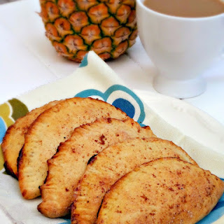 (Pineapple Empanadas).