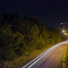 by Baggelis Karaliolios Zerofive - City,  Street & Park  Night