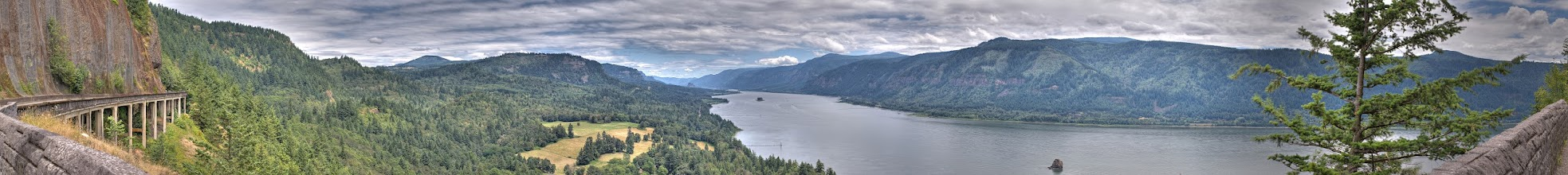 Photo: Columbia Gorge panoramic HDR