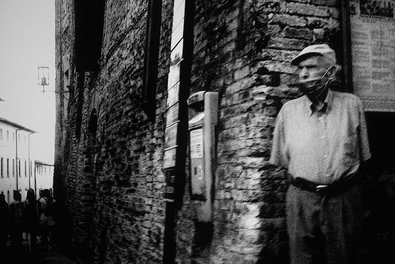 Estate 2020. La solitudine degli anziani. di ZERRUSO