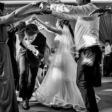 Wedding photographer Magdalena Gheonea (magdagheonea). Photo of 02.08.2018