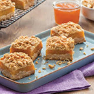 Peanut Butter and Apricot Oatmeal Crumble Bars.