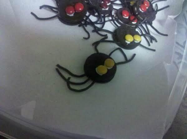 Eeek! Spooky Spider Cookies
