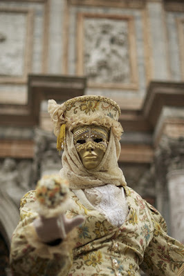 Golden mask in S. Marco di Capatazboss