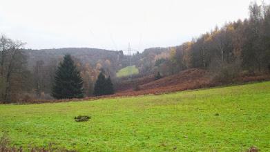 Photo: Herbststimmung an der Hochspannungsleitungsschneise durch das obere Funckenhause(ne)r Bachtal..