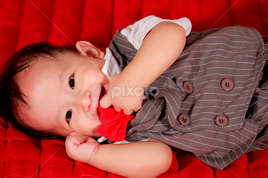 am i cute? by Bobby Worotikan - Babies & Children Babies ( babies cute child )