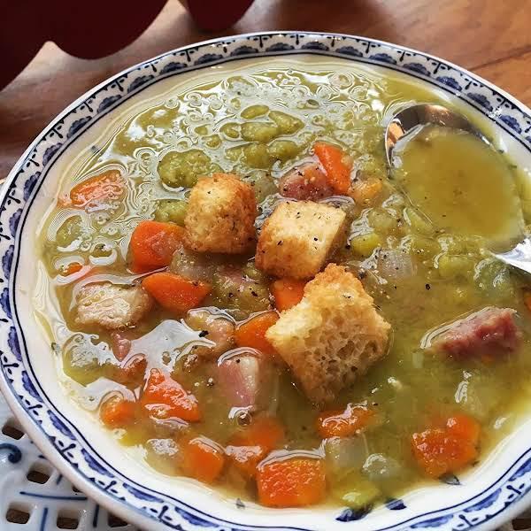 ~ Hearty Split Pea, Ham & Leek Soup ~