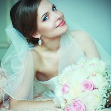 Wedding photographer Ekaterina Mikolenko (LadyBird89). Photo of 28.01.2014