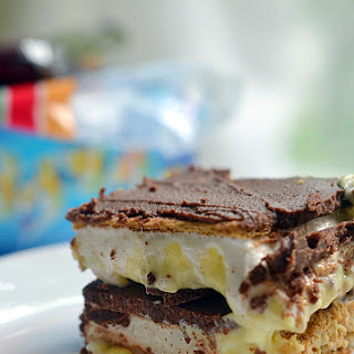 S'more Chocolate Eclair Bars