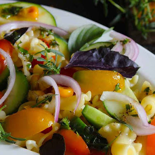 Farm Fresh Vegetarian Pasta Salad