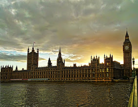 Photo: Big Ben and the Houses of Parliament at sunset