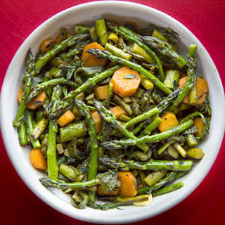Spicy Carrot and Asparagus Stir-Fry Recipe