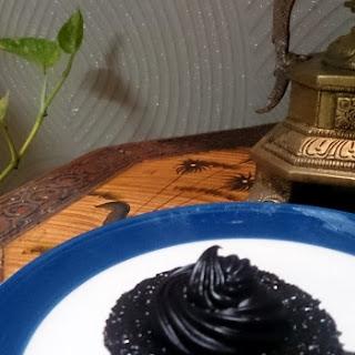 Eggless Cafe Mocha Cupcakes with Chocolate Ganache Icing Recipe