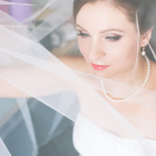 Wedding photographer Alena Khvatova (clearlook). Photo of 17.05.2014