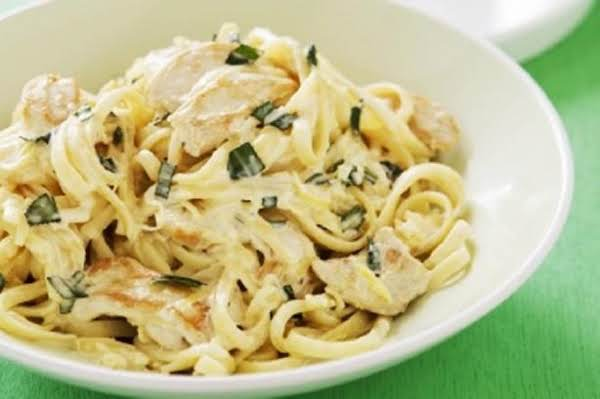 Tarragon Chicken And Egg Noodles