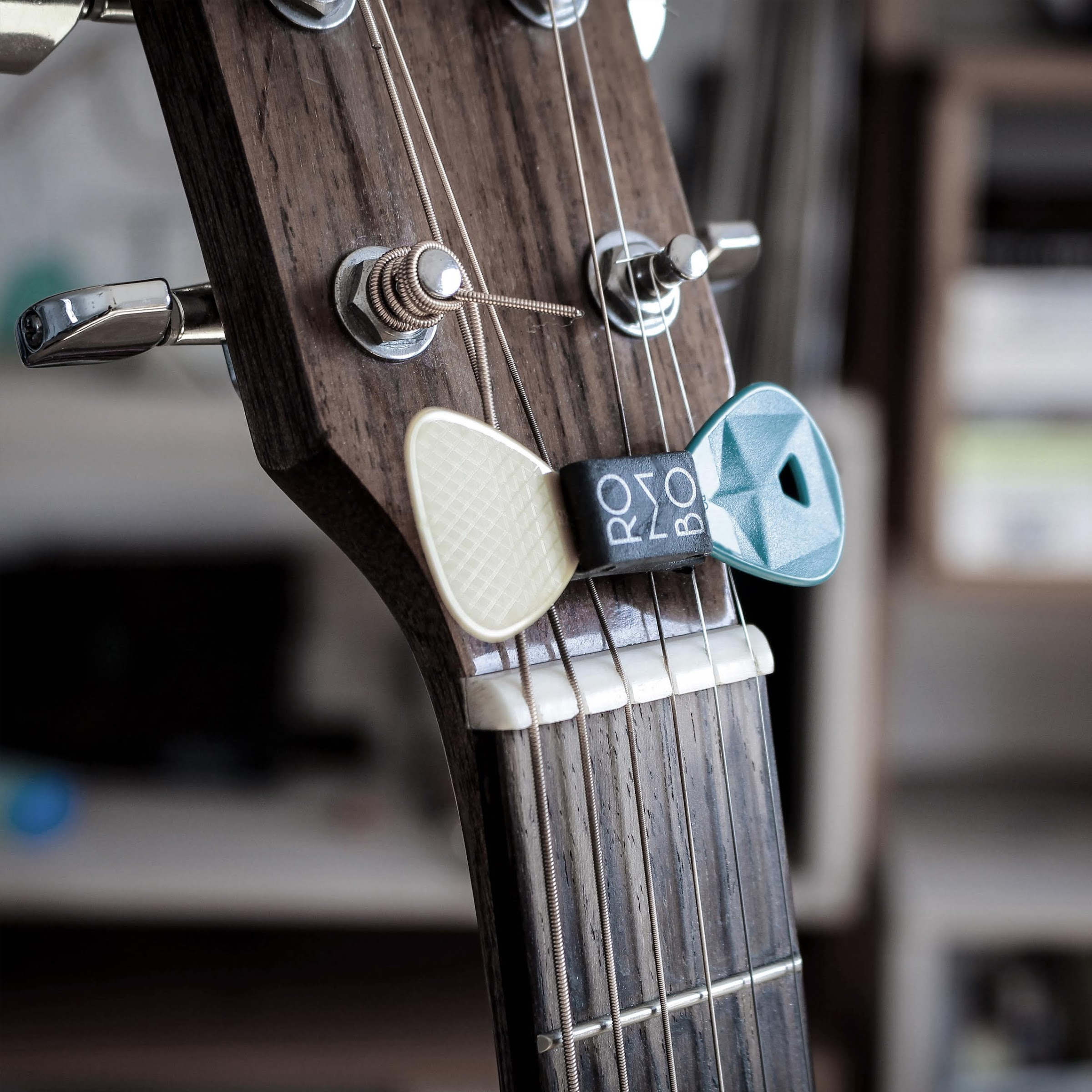 guitar pick holder