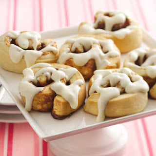 Gooey Cinnamon Rolls With Cream Cheese Icing.