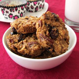 Healthy Oatmeal Breakfast Cookies.