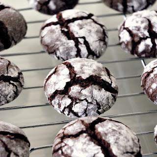 Cocoa (Chocolate) Olive Oil Crinkle Cookies