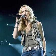 Photo: Sheryl Crow performs at the General Motors Place during her Detour Tour, in Vancouver, Canada on October 4, 2008. © Anil Sharma / Retna Ltd.