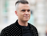 Robbie Williams praises Amy Hart