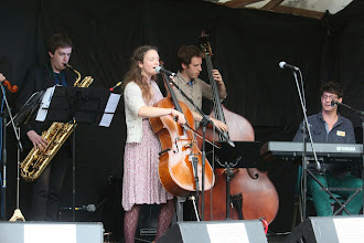 Photo: Beth Porter & The Availables