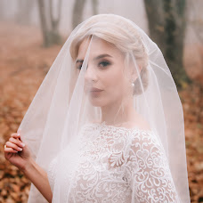 Wedding photographer Aleksandr Bogomazov (AlexanderSimf777). Photo of 22.11.2018