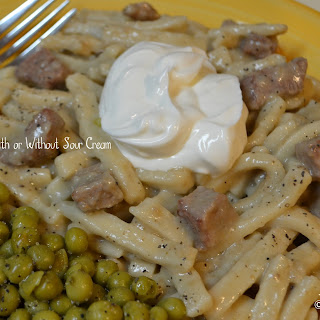 Super Easy Beef Stroganoff With or Without Sour Cream.
