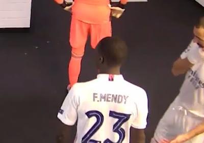 """Benzema roddelt in de spelerstunnel over ploegmaat: """"Op mijn moeder haar leven. Speel niet met hem, hij speelt tegen ons"""""""
