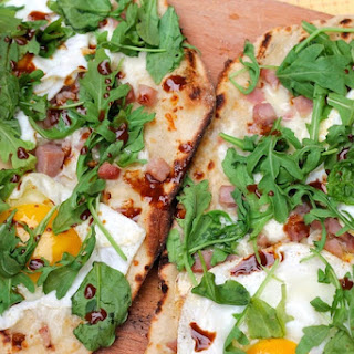 Ham, Egg, and Arugula Grilled Pizza + A Pizza Birthday Party with Minted (PART 1)