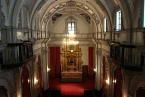 http://www.uv.es/cultura/images/espais/capella051.jpg